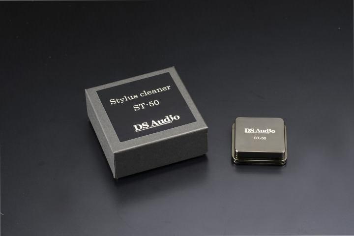 AAA 4305
